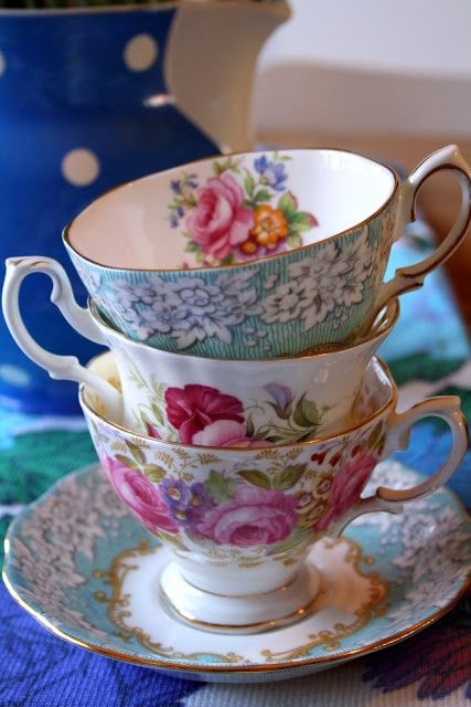 Madelief: vintage teacups