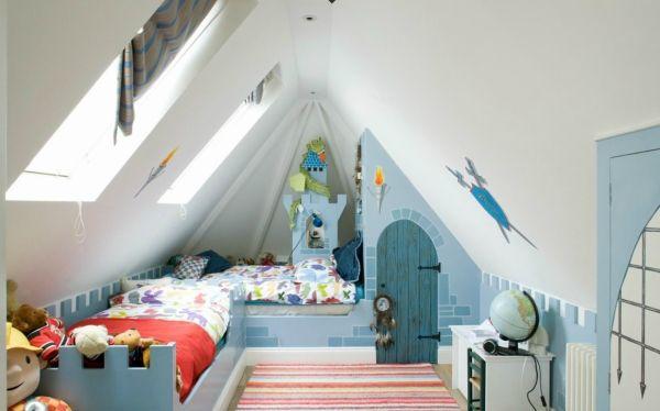 kinderzimmer dachboden spielplatz jungen ritterturm blau weiß