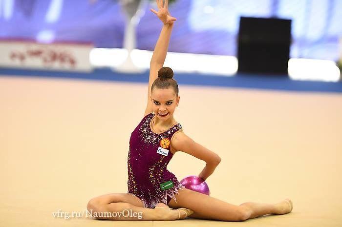 Dina AVERINA ~ Ball @ Russian National Championship 2017 ❤️❤️ @ Penza Photographer Oleg Naumov.