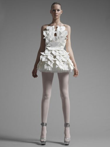 Origami Fashion - sculptural paper dress with geometric folds; paper couture // Sandra Backlund