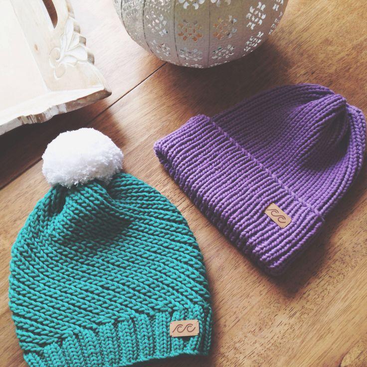 Knitted hats knitted by Svetlana Selivanova