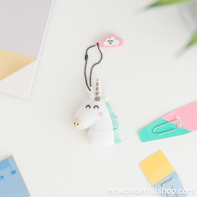 Memoria USB - Unicornio #mrwonderfulshop #usb #complements #accessories #stationery