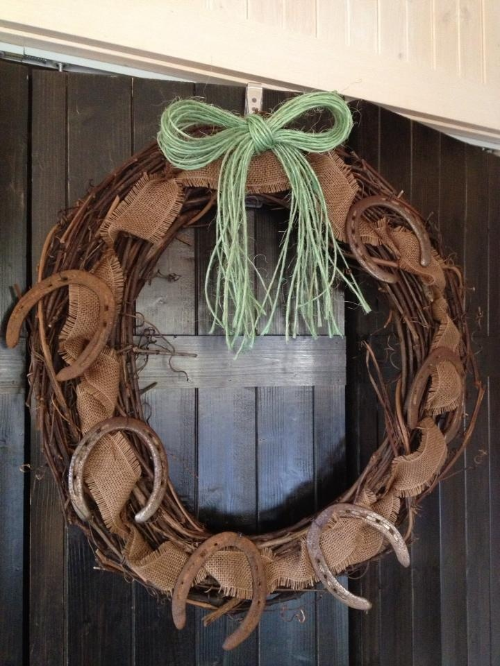 My version of the horseshoe wreath craft ideas pinterest for Horseshoe crafts for sale