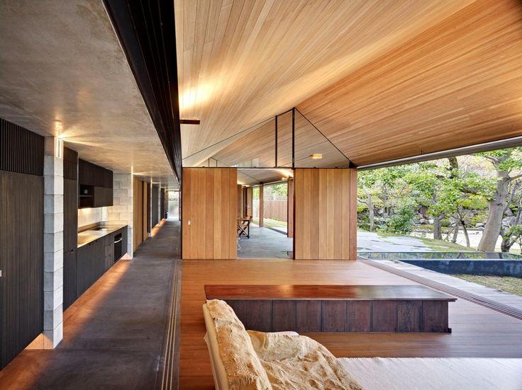 Wall House, Shizuoka, Japan, by Peter Stutchbury Architecture with Keiji Ashizawa Design