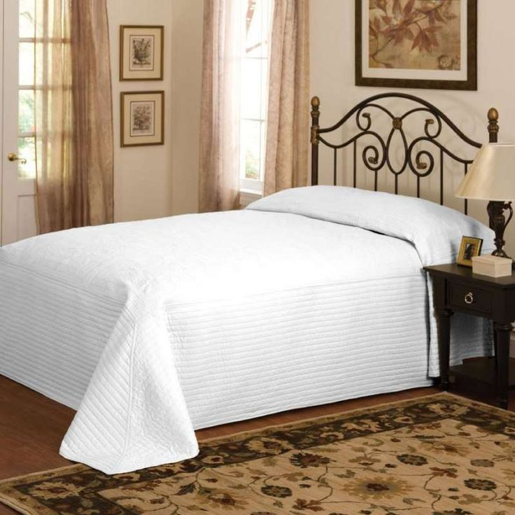 """An oversize king bedspread...finally! 120""""x118"""" french ..."""