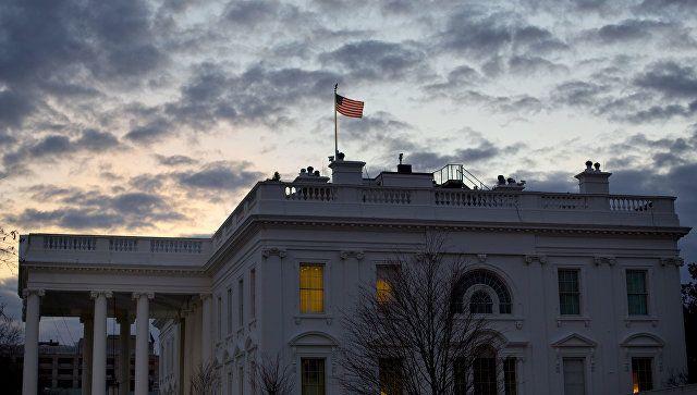 Το Κουτσαβάκι: Ο Λευκός Οίκος ανέστειλε τον φόρο  εισαγωγής στα μ...