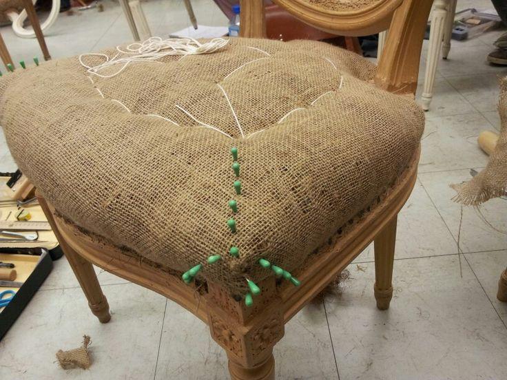 les 939 meilleures images propos de tapissier sur pinterest louis xvi fauteuils et belle. Black Bedroom Furniture Sets. Home Design Ideas