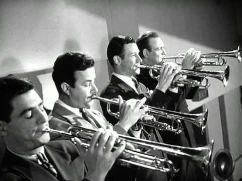 Glenn Miller - Moonlight Serenade (Filme Quero Casar-me Contigo) 1941 - YouTube