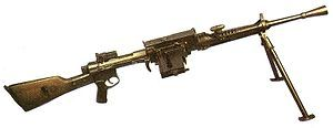Breda-30:The Wehrmacht adopted this machine-gun in small numbers after the occupation of Italy in 1943, using the name MG-099(i). It filled a similar role as the German MG-34, a light machine gun, predominantly utilized in the Italian Campaign battlefields. It was viewed as a poorly designed weapon with a low rate of fire, low magazine capacity and used the underpowered and unreliable 6.5mm×52mm cartridge. It was also highly prone to stoppages.