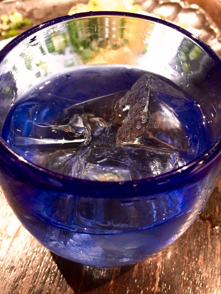 石垣島の八重泉さんの黒真珠と島豆腐の厚揚げ。