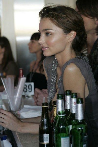 dewy glow: Mirandakerr, Miranda Kerr, Glow Skin, Style, Dewy Skin, Beautiful, Nature Makeup, Hair, Flawless Skin