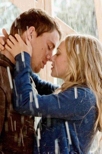 Channing Tatum and Amanda Seyfried as John & Savannah from Dear John (2010)
