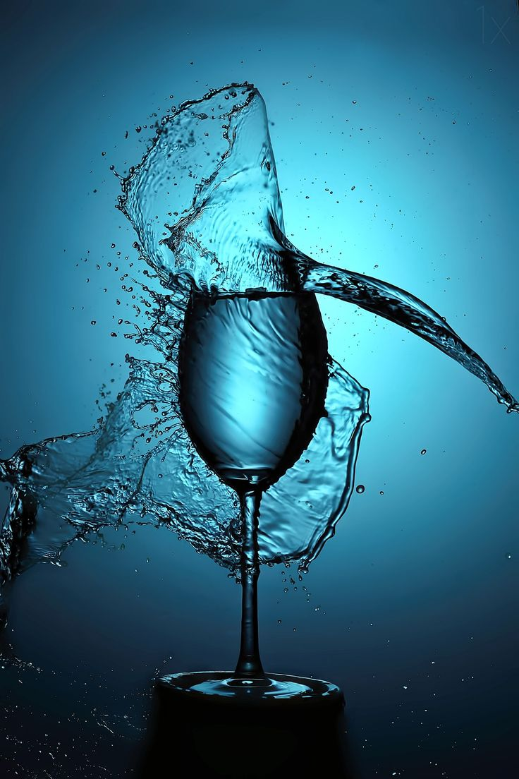 1X - Blue splash by Konstantinos Tzilvelis