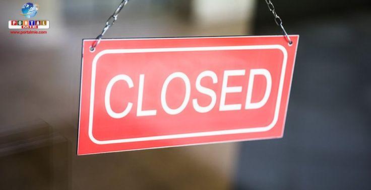 Adolescente enfurecido ateia fogo em vários locais porque restaurante de carê estava fechado