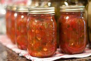 Wij hebben deze tomatenchutney gemaakt in weckpotten van 1/2 liter van het merk Kilner.