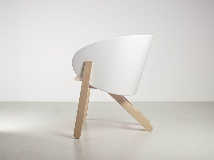 Sillón Pequeño De Haya Con Brazos CURVA By Branca Lisboa | Diseño Marco  Sousa Santos · Chair ...