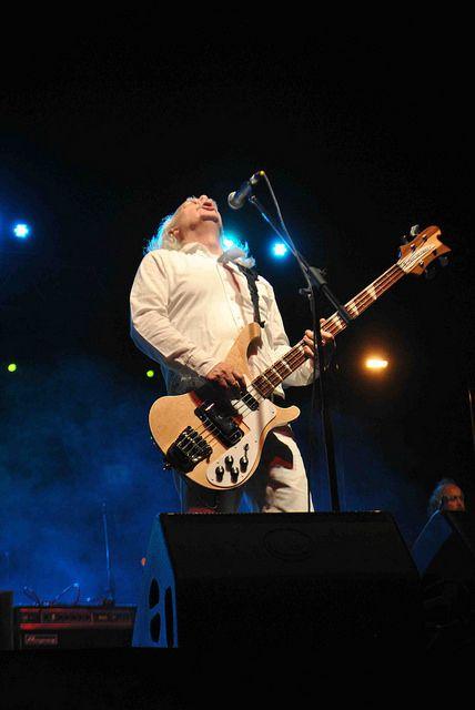 Mario Mutis bajista de Los Jaivas