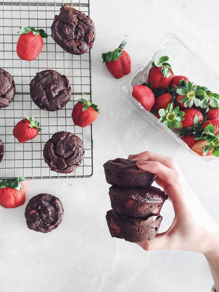 Image: tone-it-up-stud-muffin-katrina-scott-husband-boyfriend-recipe-1. #chocolate #day #healthy
