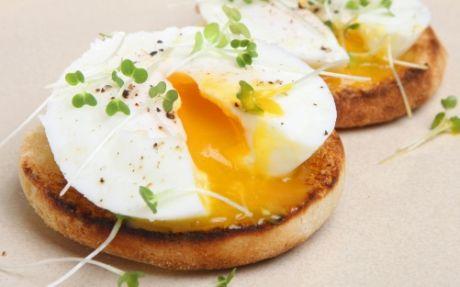 eieren uit de magnetron