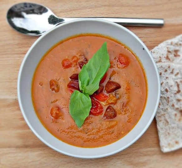 Mediterranean, healthy, main meal soup, bell peppers, basil
