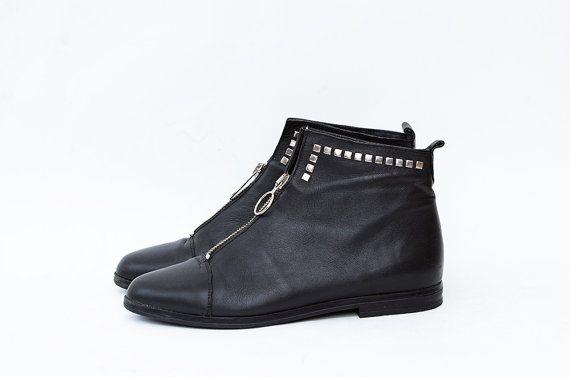 #Vintage flat ankle #boots by #ZvezdanaVintage