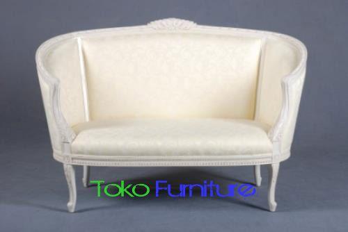 Sofa Bed Modern Model Mewah Desain Terbaru Finishing Putih