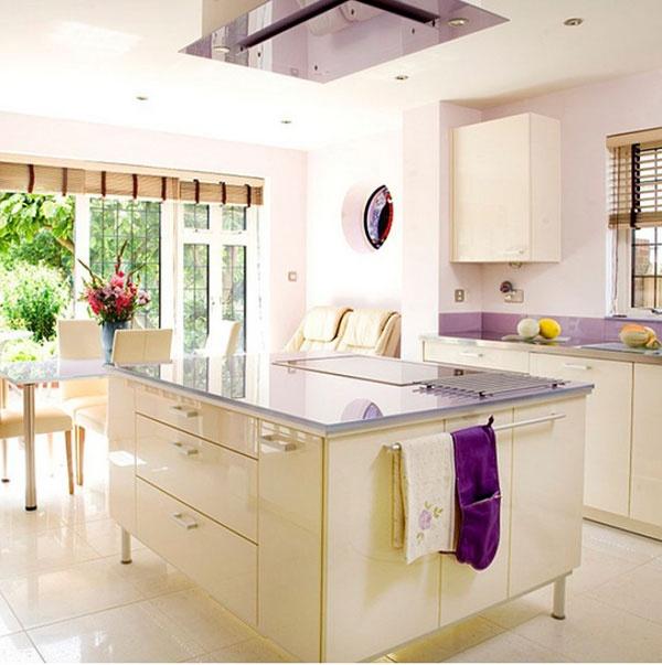 Кухня-остров – хороший выбор, если у Вас есть гостиная+столовая открытого типа. Если же речь идет о небольшом помещении, то лучшим вариантом будет компактная кухня. Мы подобрали для Вас отличную подборку кухонь островного типа.