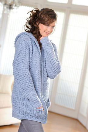 Gemütliche Kapuzenjacke mit Taschen - stricken-haekeln.de                                                                                                                                                                                 Mehr