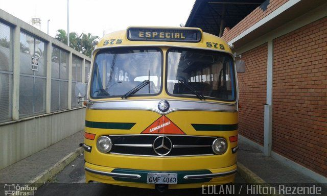Ônibus da empresa Viação Araguarina, carro 575, carroceria Mercedes-Benz Monobloco O-321, chassi Mercedes-Benz O-321. Foto na cidade de Goiânia-GO por EDLANI / Hilton Rezende , publicada em 21/10/2015 09:27:54.