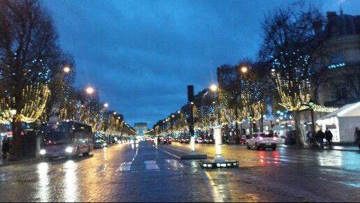 Avenue des Champs-Élysées în Paris, Île-de-France