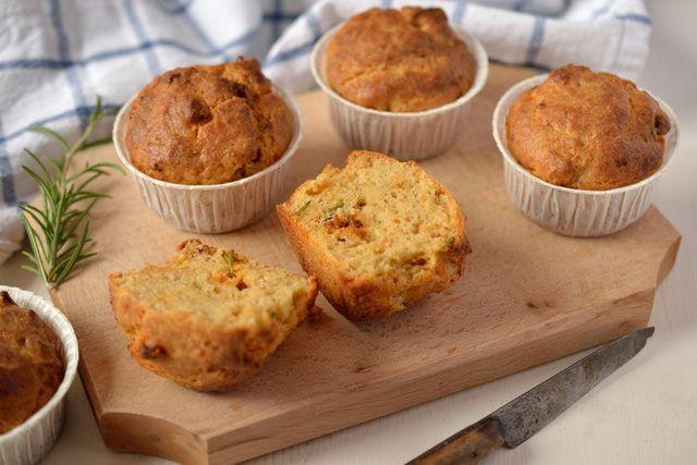 Kolbászos muffin1