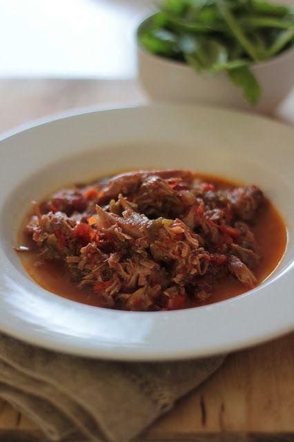 As Minhas Receitas: Perna de Porco Assada no Tacho com Pimentos Muito boa receita feita com a pá do porco :)