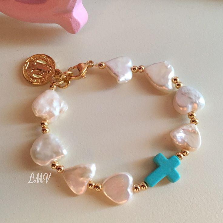 Pulsera corazones de perlas by Luz Marina Valero