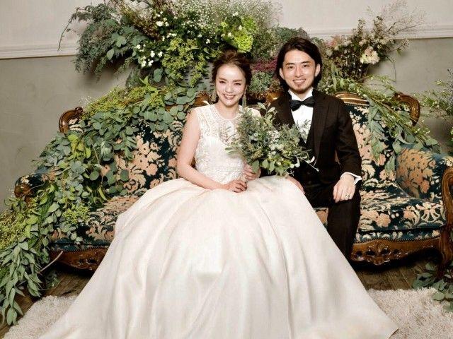 頑張り過ぎない大人の結婚パーティー フジコさんの1 5次会ハナレポ ウエディングパーク ウエディング フラワーガールドレス 結婚式 会場装花 秋