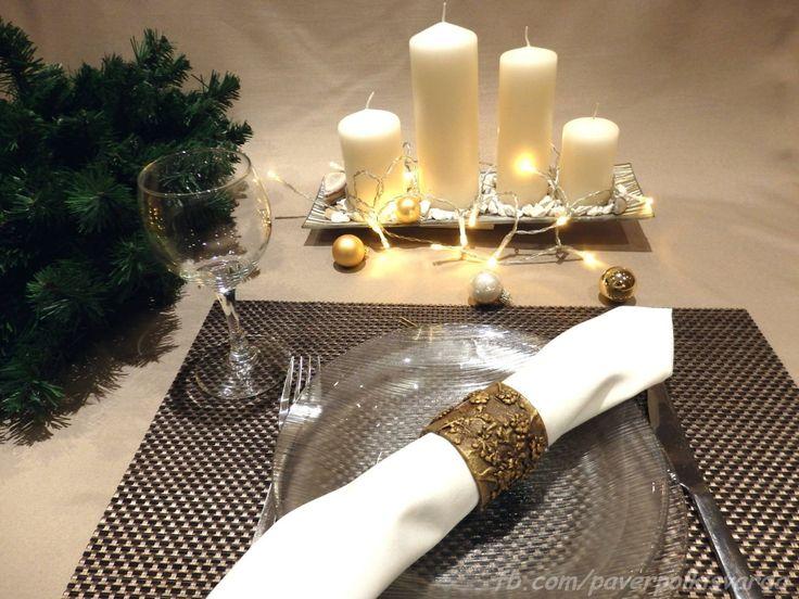 Mennyire meghitt tud lenni a hatalmas készülődés utolsó befejezéseként, ha még az ünnepi terítéket is saját készítésű tárgyakkal, diy dekorációkkal...