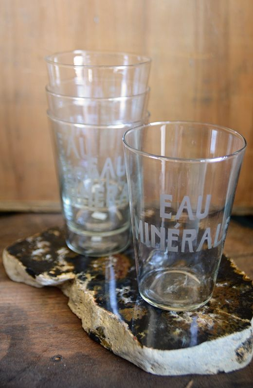 Lovely set of 12 Eau Minerale water glasses