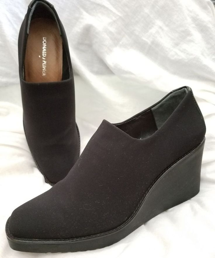 Donald J. Pliner wedge booties 8.5 M Dayo black stretch fabric pumps