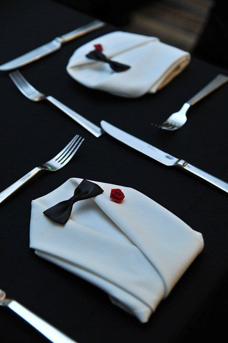 LOVE this tuxedo napkin fold idea!