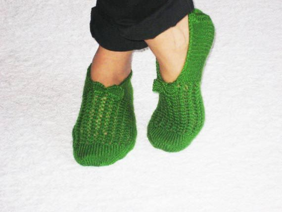 Grass Green Chic Slippers for Cold Days by aykelila on Etsy, $28.00