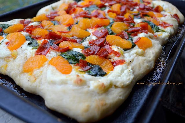 Big Rigs 'n Lil' Cookies: Spinach Mandarin Orange Pizza