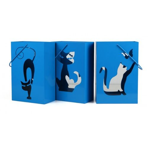 The set includes three lanterns with cats in three different poses. Set is a perfect throw home and garden decoration.