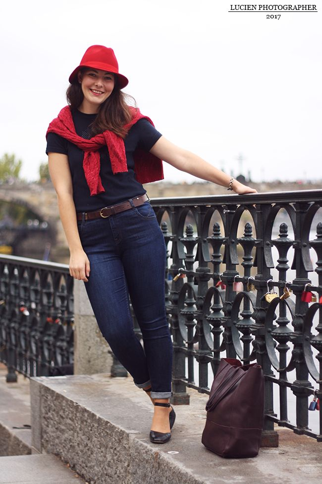 How to add a french twist to your Capsule Wardrobe. Check the post
