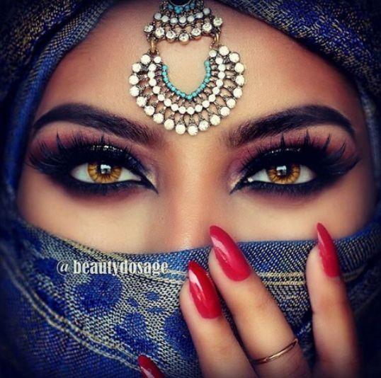 Love Arabian makeup