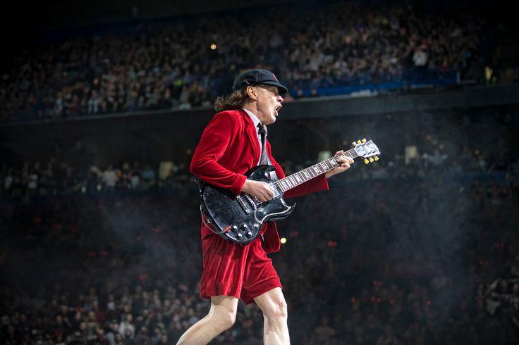 AC/DC at Scottrade Center February 20, 2016.  Photos © Todd Morgan