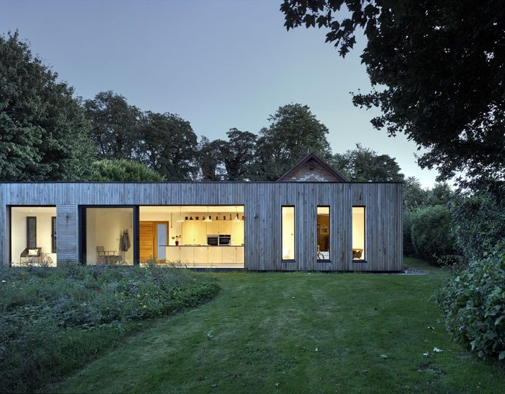 Completed in 2016 in New Alresford, United Kingdom. Images by James Morris. Adam Knibb Architects were approached to put together a contemporary extension for a Grade II Listed barn in Alresford, Hampshire. Hurdle House has a...