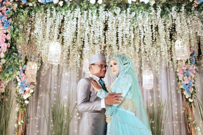 Putra & Arum by LAKSMI - Kebaya Muslimah & Islamic Wedding Service - 004