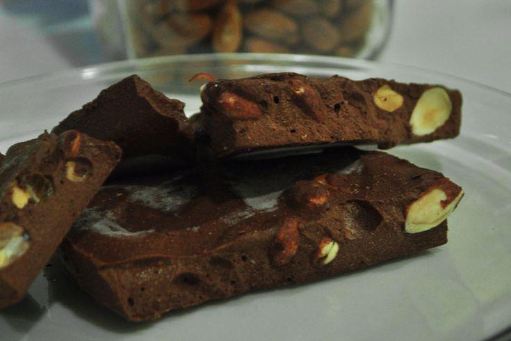 GAPS čokoláda... zní to neuvěřitelně, ale je to tak!!!! Miluju čokoládu, kdo taky ne. Od doby kdy jsem se ale pustila do GAPS, což jsou již dva roky, jsem žádnou neměla. A musím říct, že jsem si zvykla. Když jsem byla těhotná, našla jsem v Austrálii čokoládu, která byla slaz…