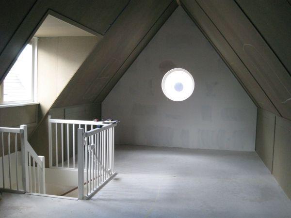 Zolder Slaapkamer Inrichten : Grote zolder verbouwing Zoetermeer - Decotronics