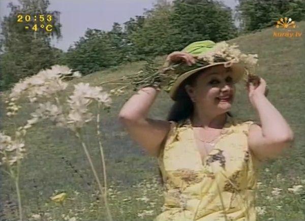 Назифа Кадырова - Икэулэшеп бергэлэшеп http://tatbash.ru/bashkirskie/klipy/4958-nazifa-kadyrova-ikeuleshep-bergeleshep