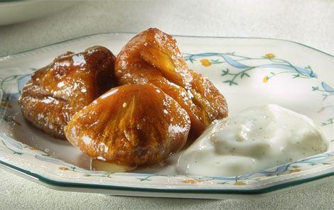 Bagte figner med honning En dejlig lille hverdagsdessert!